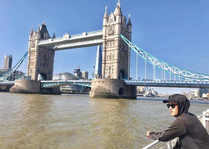 Chiêm bao mình và người yêu đi du lịch Anh và kết hợp chụp ảnh cưới
