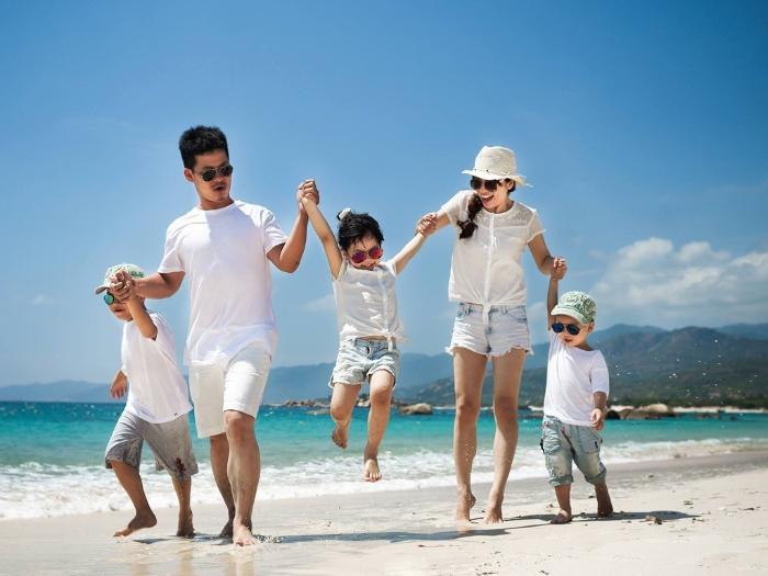 Thấy mình đi du lịch Anh cùng gia đình trong mơ