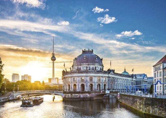 Đức có sự phát triển văn hóa và khoa học công nghệ nhanh chóng