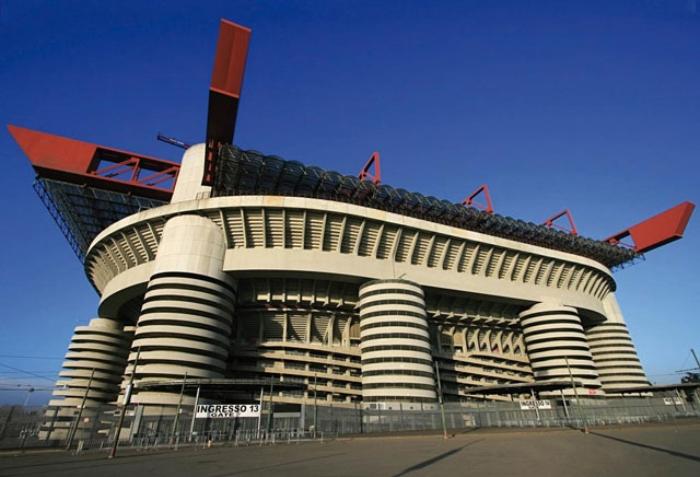 Nằm chiêm bao thấy đang cổ vũ trong sân vận động của nước Ý